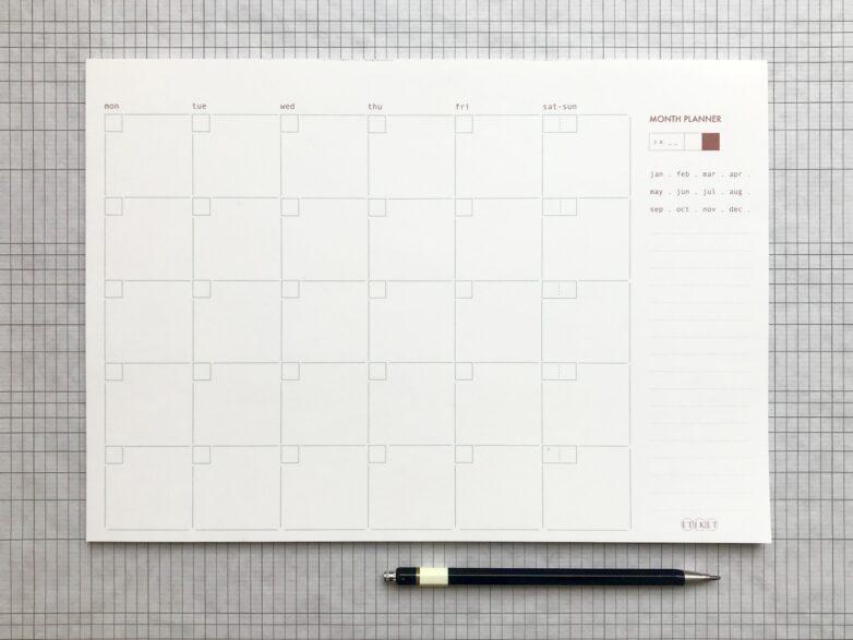 A4-sized Etiket Month Planner