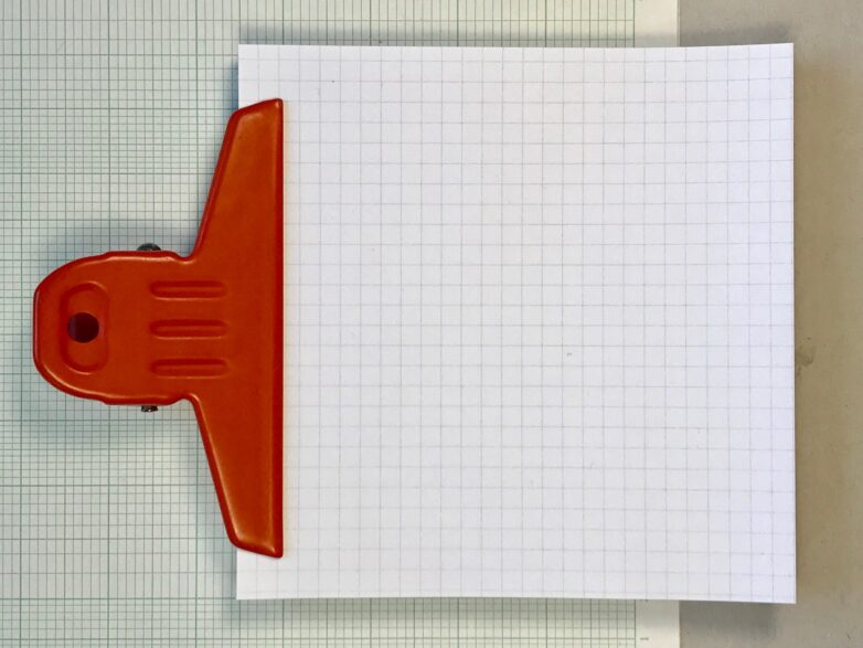 Grid Pad with red clip