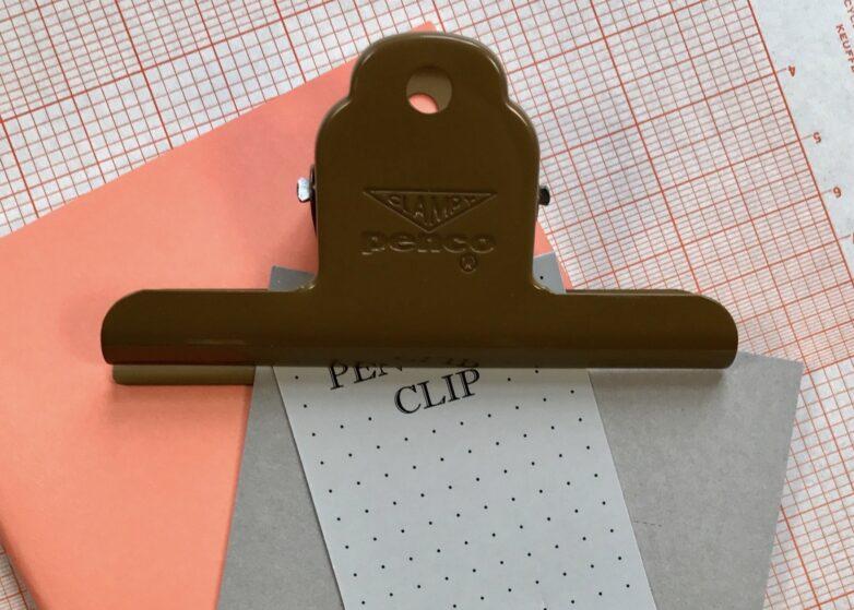 Metallic Clip brown