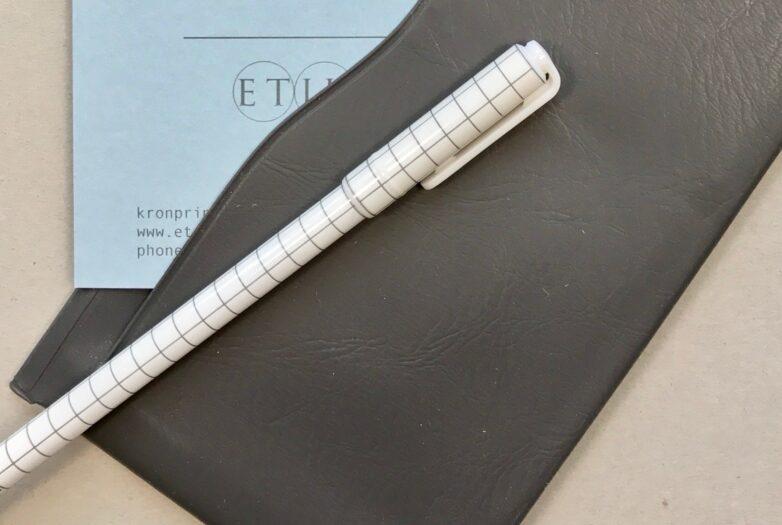 Pattern Pen white